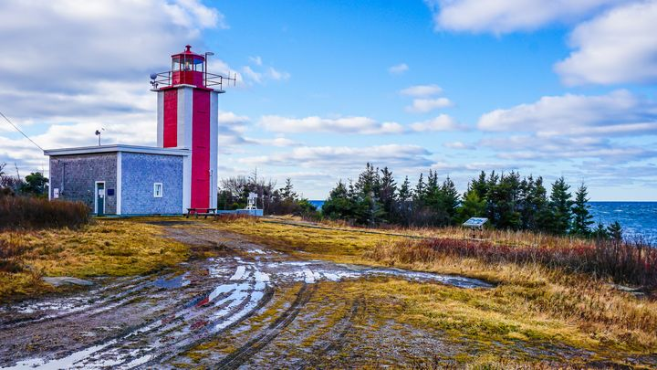 Point Prim Lighthouse - Digby, Nova - R. Tony Bremner Photography