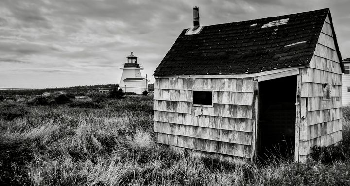 Neil's Harbour Lighthouse, CB,NS - R. Tony Bremner Photography