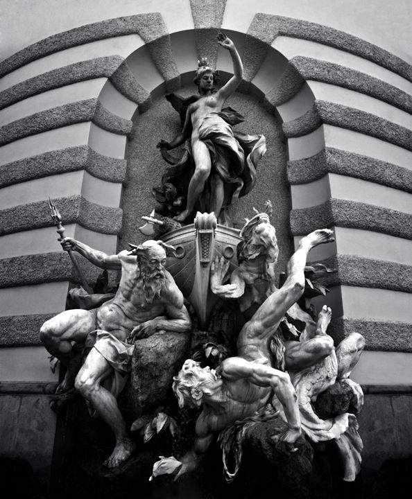 The Fountain - bugstore