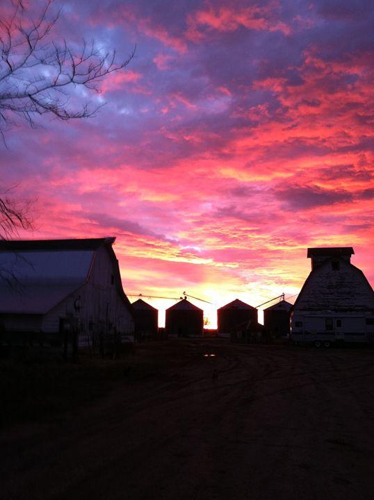 Nebraska Sunrise - 402 Photography