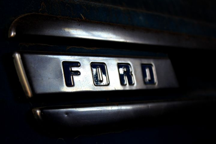 Faded Ford - 402 Photography
