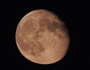 Full Red Eclipse