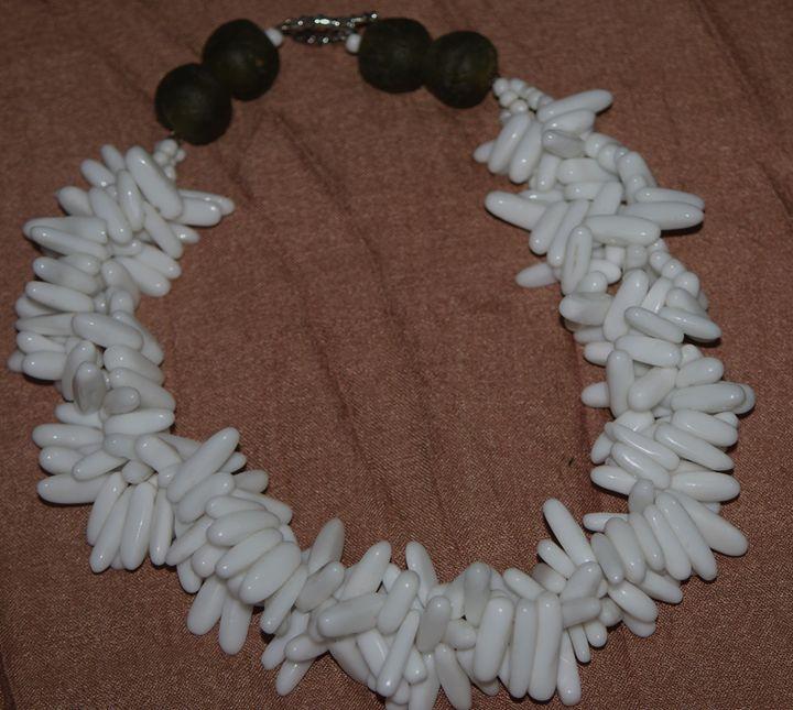 Multistrand Pearl necklace - Maya Art