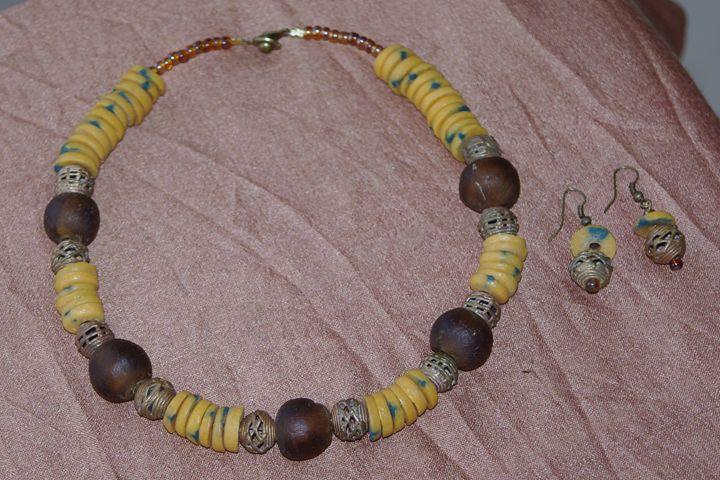 African beads necklace - Maya Art