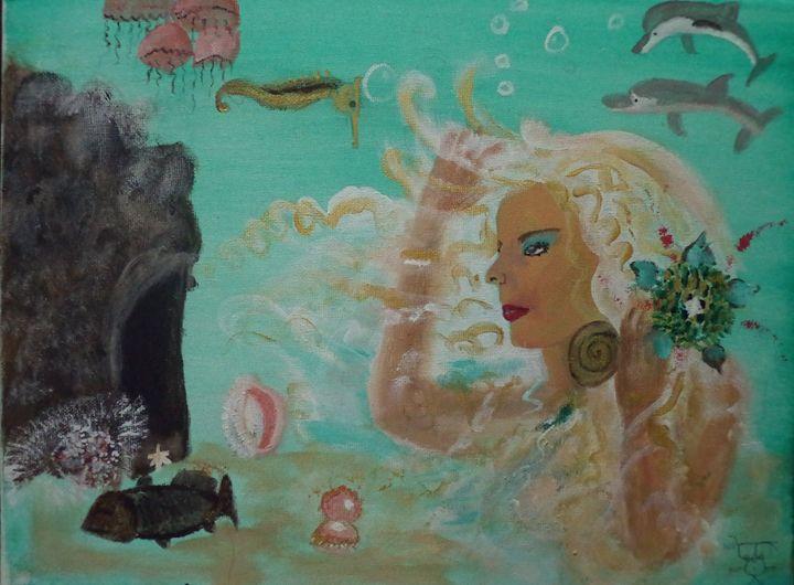 """Mermaid """"She Cave"""" - MAUI ISLAND SHELL"""