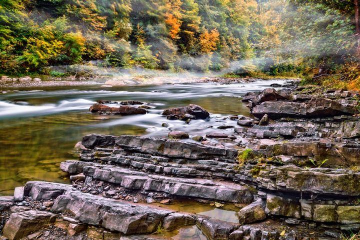 Autumn river - Serhii Simonov photographer