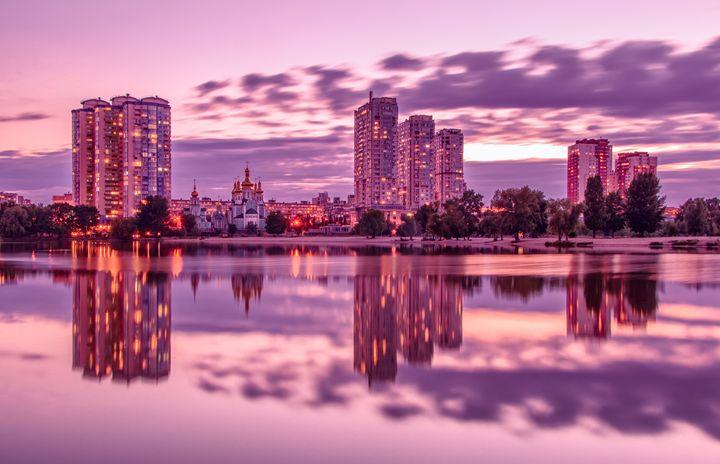The Lights Of The Evening Lake - Serhii Simonov photographer