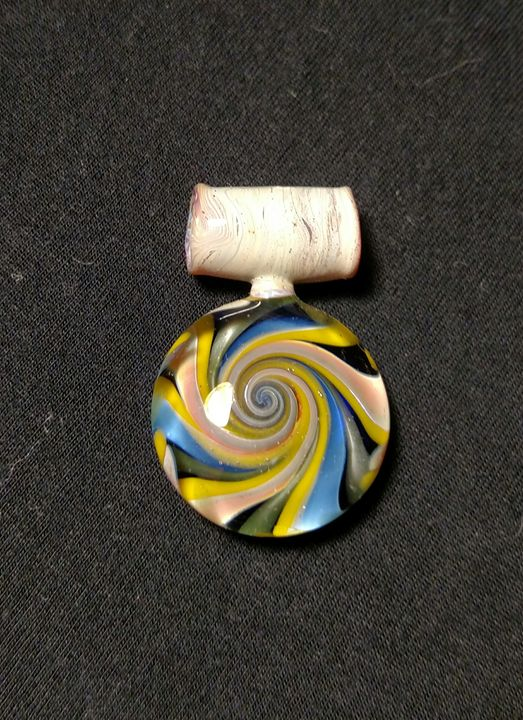 Glass swirl pendant - MagmaGlass