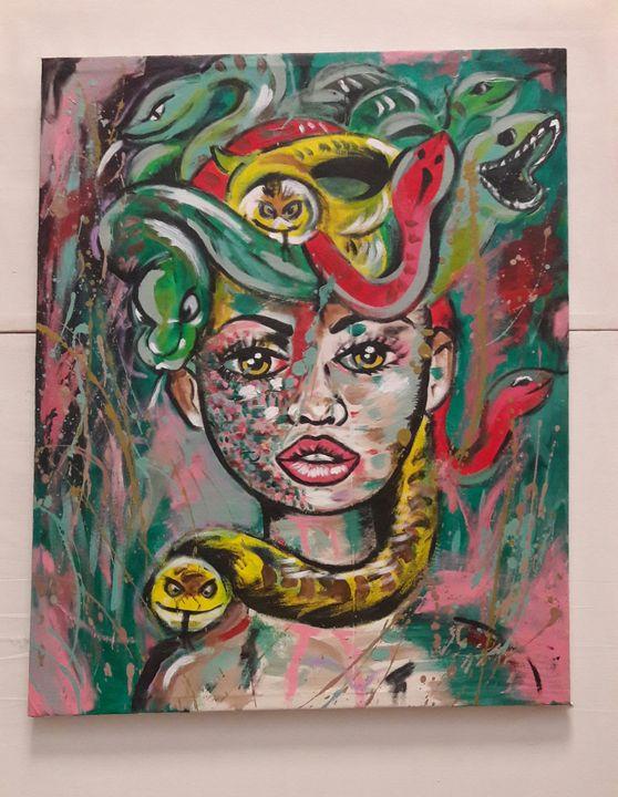 Medusa - zeinahamamart
