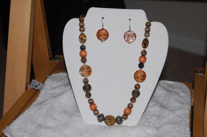 Hand made long beaded necklace - My creations