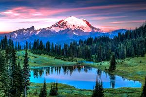 Mount Rainier Sunrise - Dennis Sabo Photography