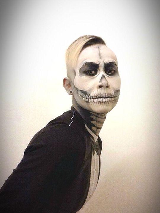 Skull And Tux - Kent Chua
