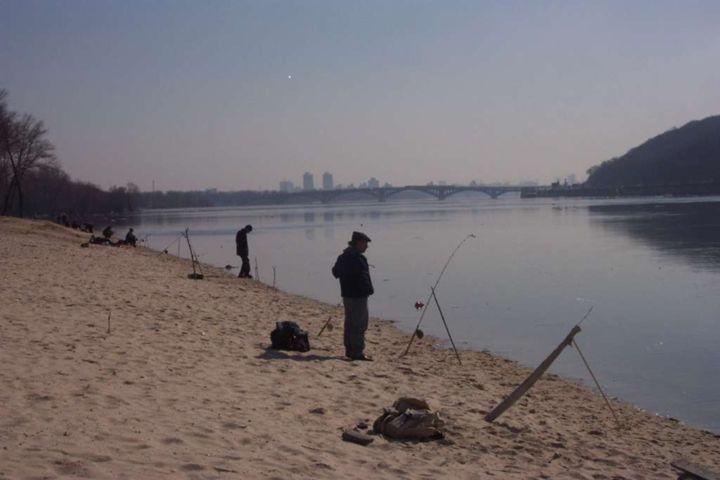 Waiting for the fish - Leon Szymanski