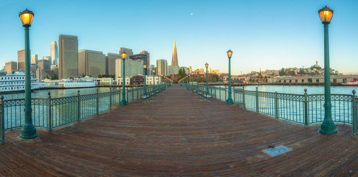 Pier 7 Morning - pano - Jonathan Nguyen