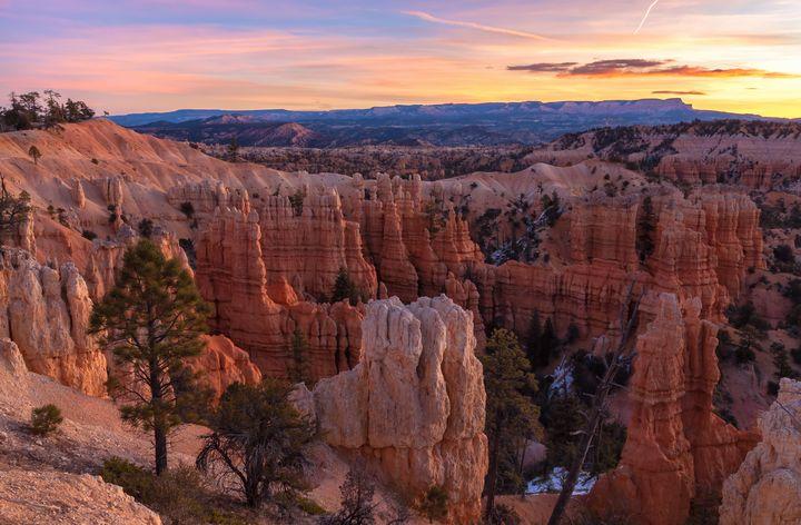 fairyland canyon dawn - Jonathan Nguyen