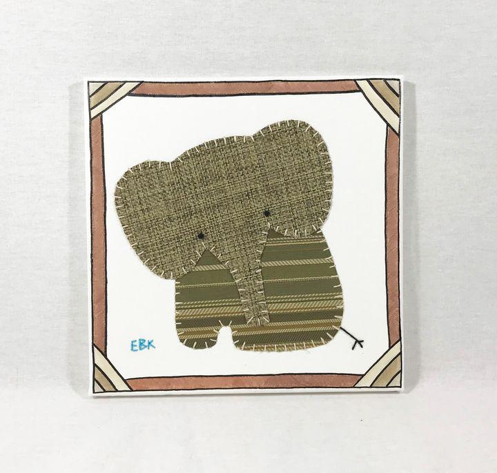 Sitting Elephant #36 - Erin Brie Art