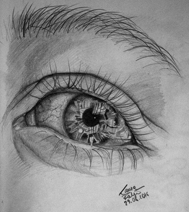 Eye Closeup - Lavendale