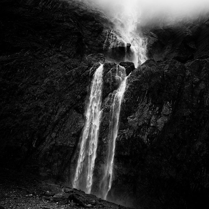 The Falls - Christian Schwarz - Reframing the world