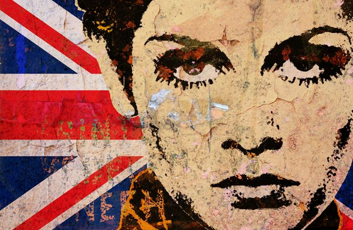 TWIGGY-UK POP 3 - IMPACTEES STREETWEAR ARTWORKS