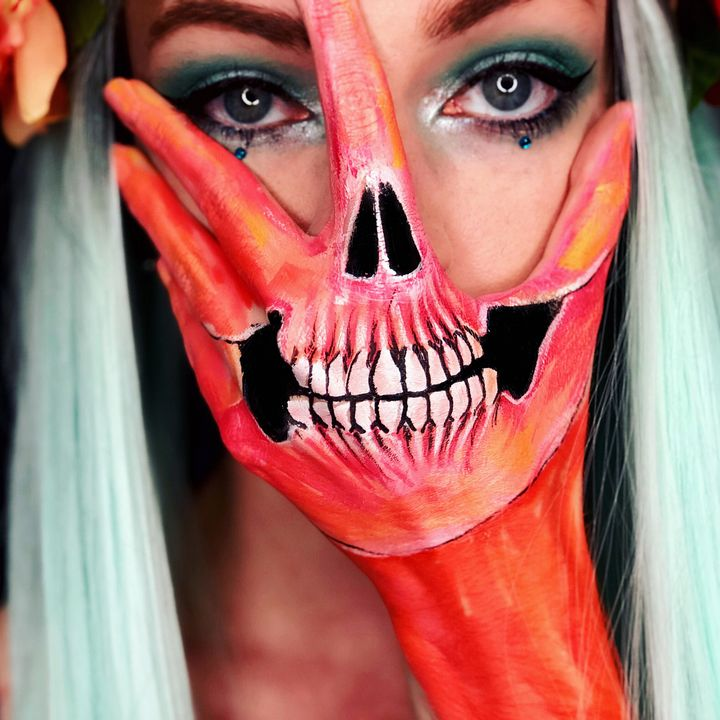 Hand Skull - Katie Cole Body Painting