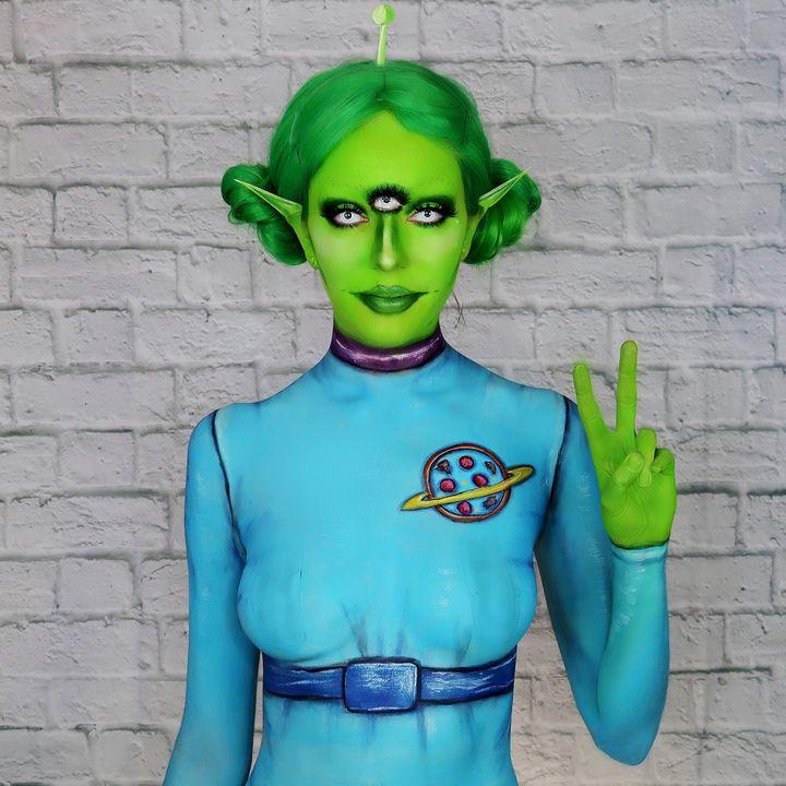 Three Eyed Alien - Katie Cole Body Painting