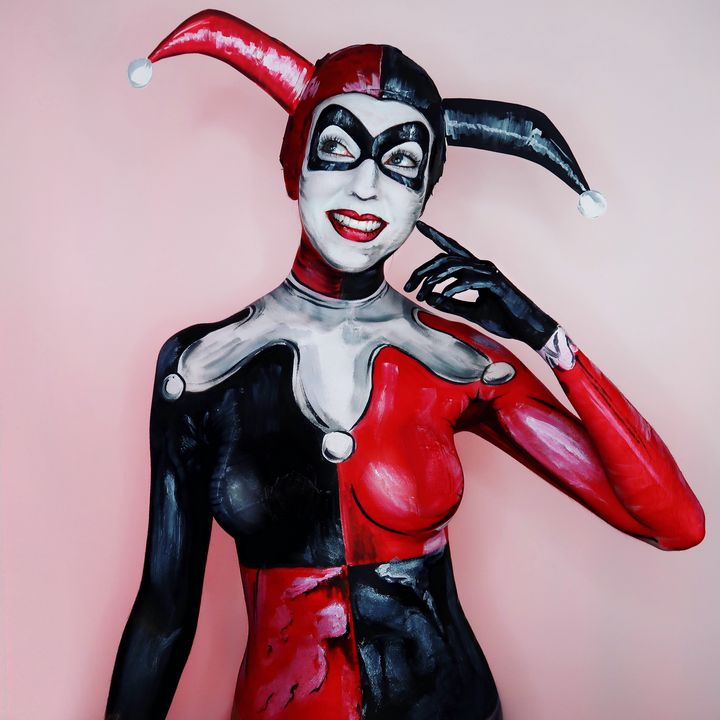 Comic Harley Quinn - Katie Cole Body Painting