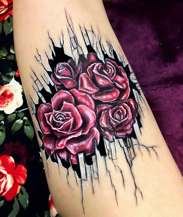 Roses - Katie Cole Body Painting