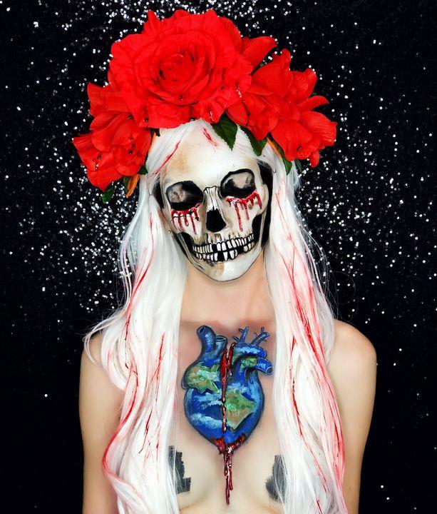 Bleeding Earth - Katie Cole Body Painting