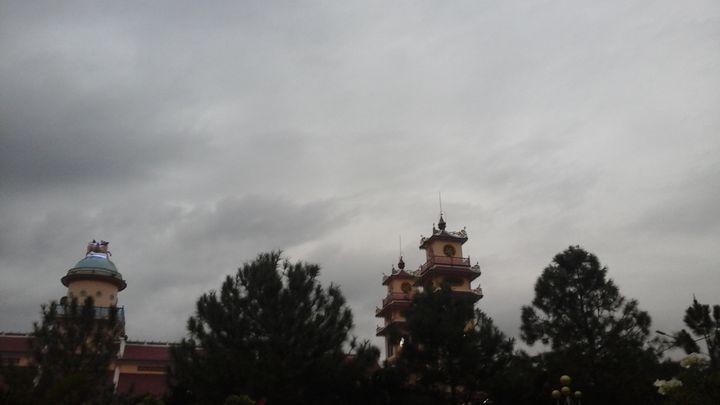 holy building - Đào Quốc Thịnh