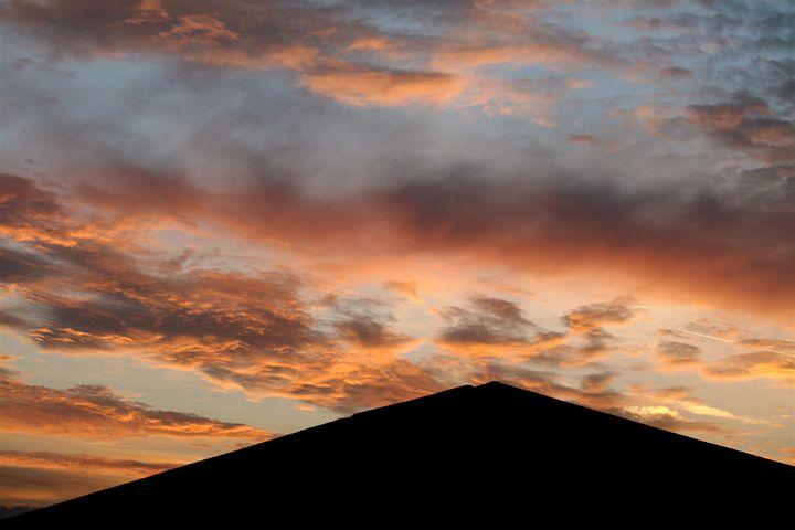 Clouds 4 - Charlie Reese