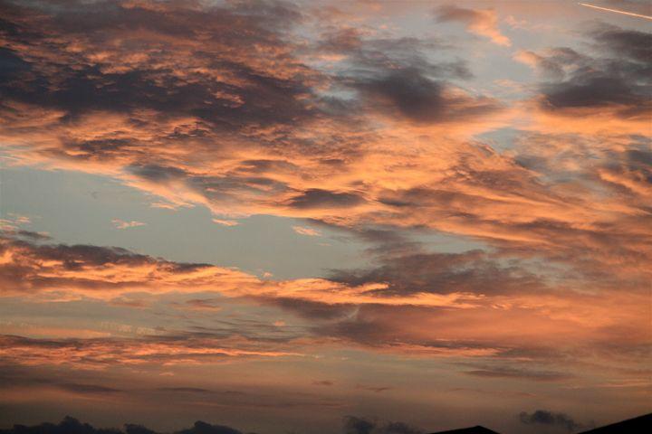 Clouds 3 - Charlie Reese