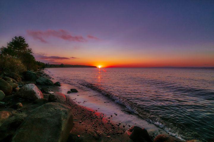 Lake Superior Sunset - Davison Photography LLC