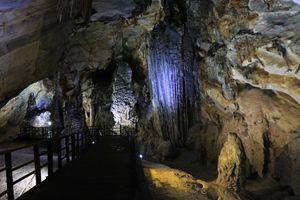 Thiên Đường Cave - Nhi Du