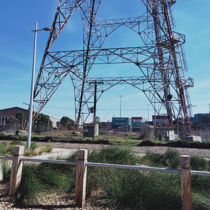 Structure - Dellene  Becker