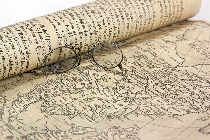 Old glasses and map. - Neko92vl