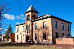 Navajo County Courthouse Museum