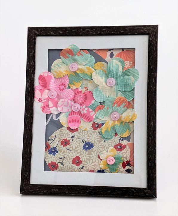 Pastel Pink and Green Flowers - Lienka Frames