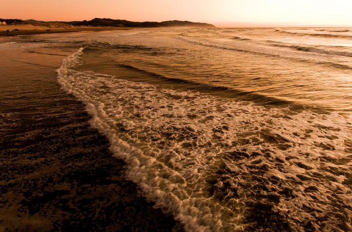 Pacific Sunset - Rick Nye's Art On Canvas