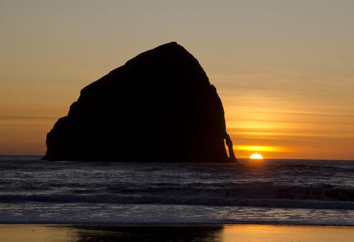 Sunset at Neskowin Beach - Rick Nye's Art On Canvas
