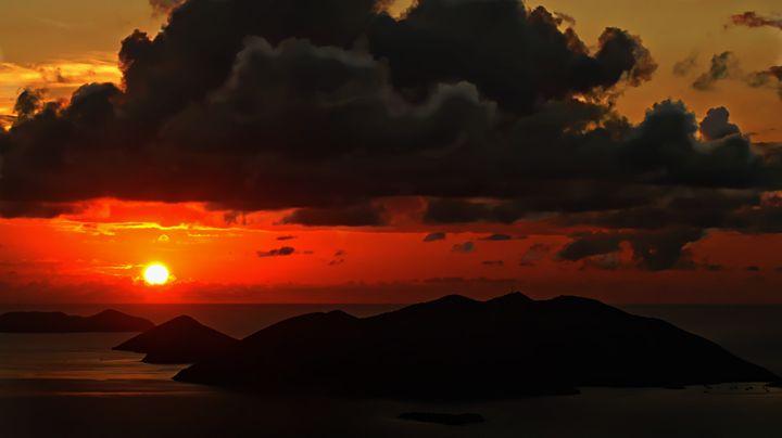 Island Sunset - D. van Doorn