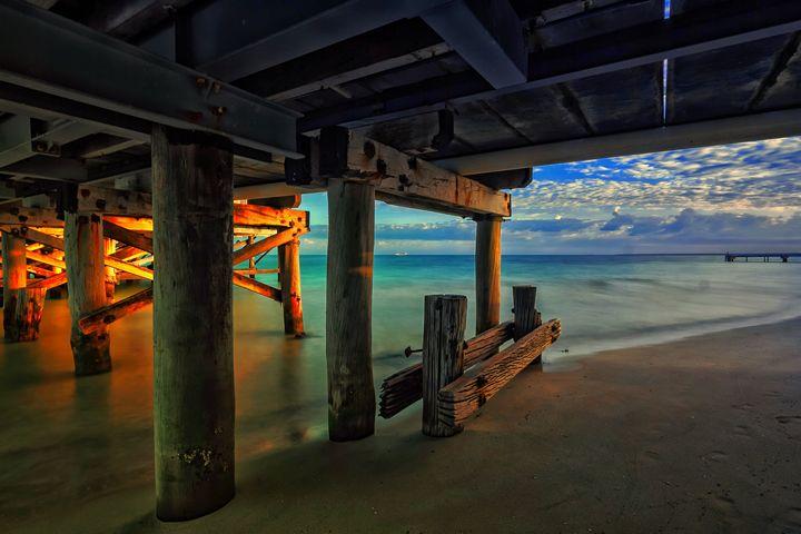Summer Pier - D. van Doorn