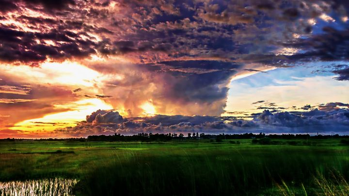 Explosive Sky - D. van Doorn