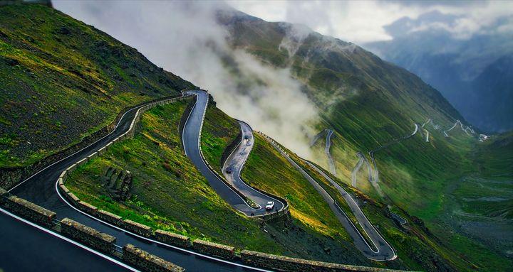 Italian Roads - D. van Doorn