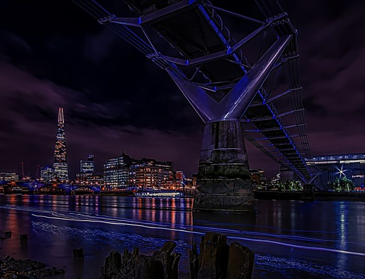 London Nightscape - D. van Doorn