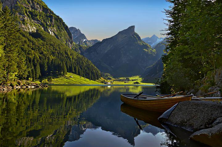 Mountain Morning - D. van Doorn
