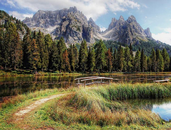 Mountain Lake - D. van Doorn