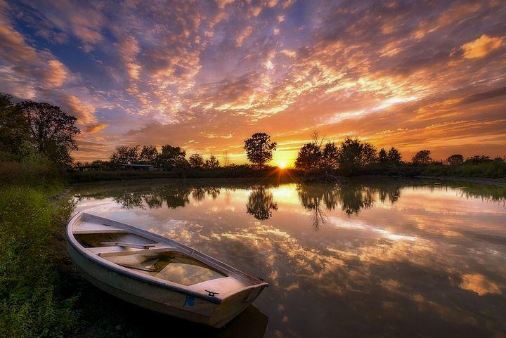 Sunset Boat - D. van Doorn