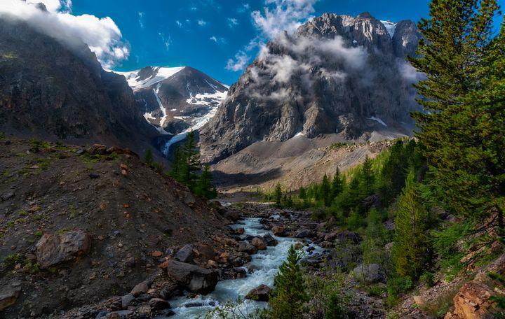 Mountain Creek - D. van Doorn