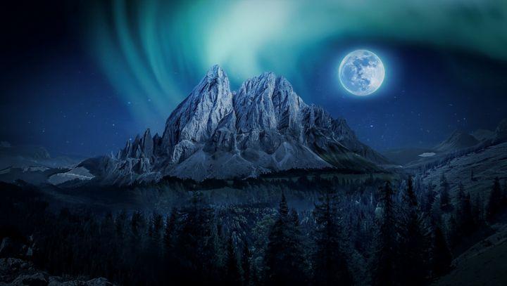 Mountain Glow - D. van Doorn