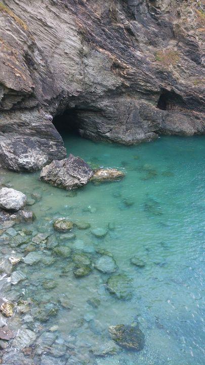 Merlin's Cave - Krisztina Peterfay